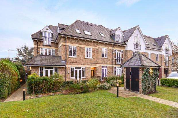 2 Bedrooms Flat for sale in Fusion Court, Kingston Vale, London, SW15