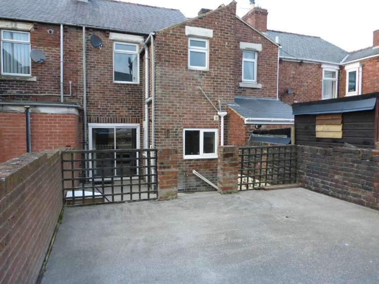 3 Bedrooms Terraced House for sale in Craghead, Stanley DH9