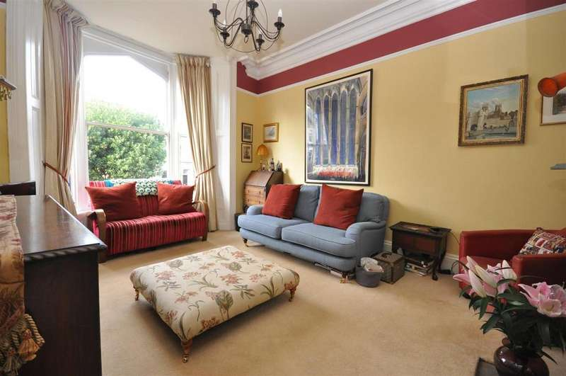 4 Bedrooms Terraced House for sale in Charlton Street, Bishopthorpe Road, York