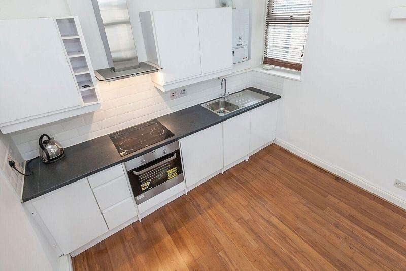 Studio Flat for sale in Cann Hall Road, London, Greater London. E11
