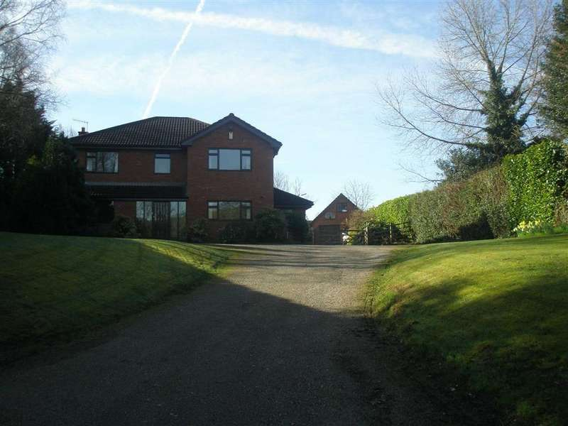 5 Bedrooms Detached House for sale in Corbetts Lane, Caerphilly, CF83