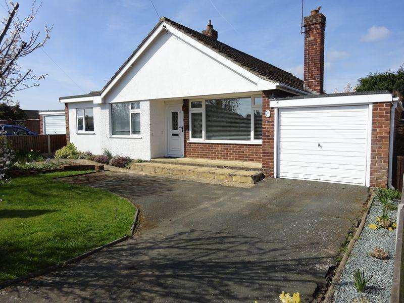 3 Bedrooms Detached Bungalow for sale in Baldric Road, Norwich