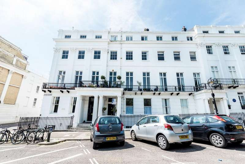 2 Bedrooms Maisonette Flat for sale in Sussex Square, Brighton, BN2
