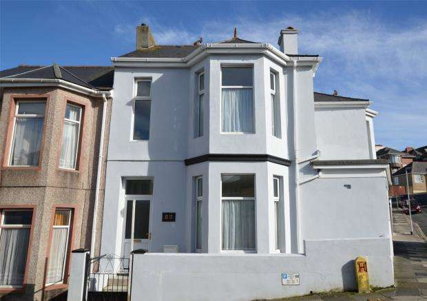 3 Bedrooms End Of Terrace House for sale in West Hill Road, Plymouth, Devon