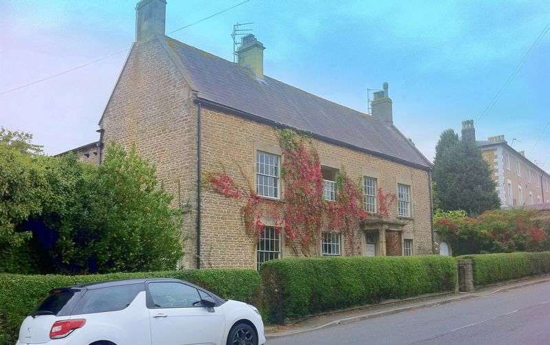 6 Bedrooms Detached House for sale in Fromefield, Frome