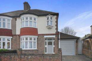 3 Bedrooms Semi Detached House for sale in Clowders Road, Catford, London, United Kingdom