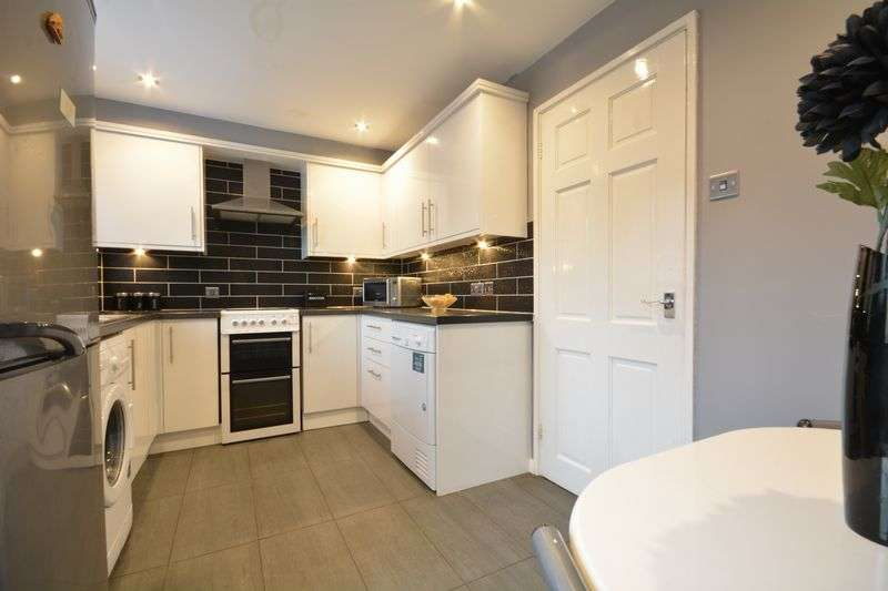 2 Bedrooms Semi Detached House for sale in Fountains Way, Oswaldtwistle