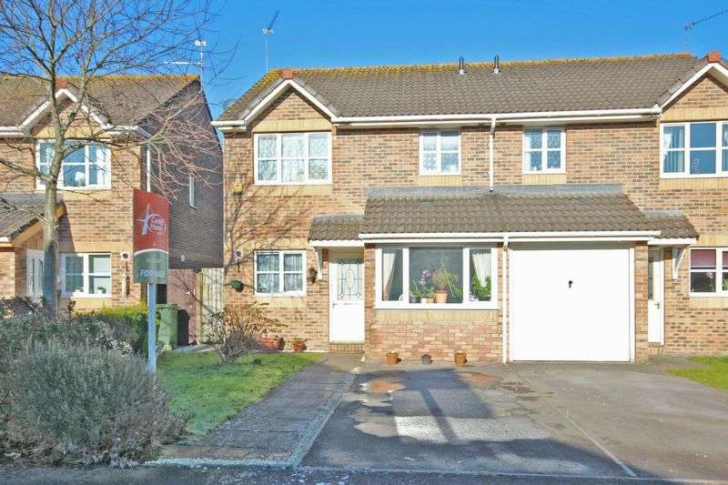 3 Bedrooms Semi Detached House for sale in Llandinam Crescent, Llandaff North