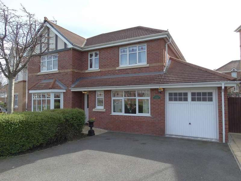 4 Bedrooms Detached House for sale in 3 Wainwright Close, Rhos on Sea, LL28 4DZ