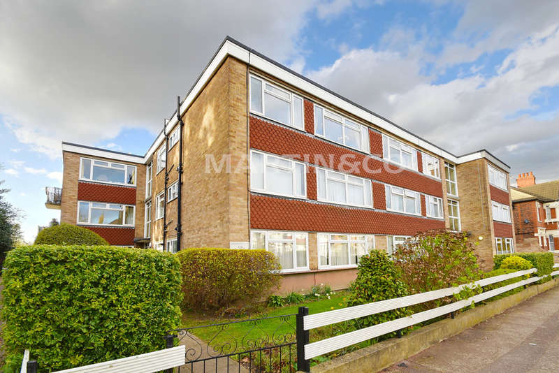 2 Bedrooms Flat for sale in Highfield Court, Aldersbrook
