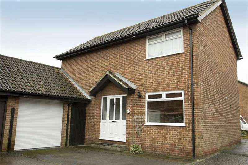 3 Bedrooms Link Detached House for sale in Seagers, Great Totham, Essex