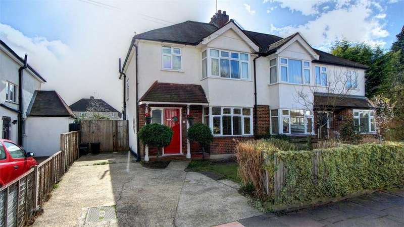 3 Bedrooms Semi Detached House for sale in Whitehall Road, Bromley, Kent