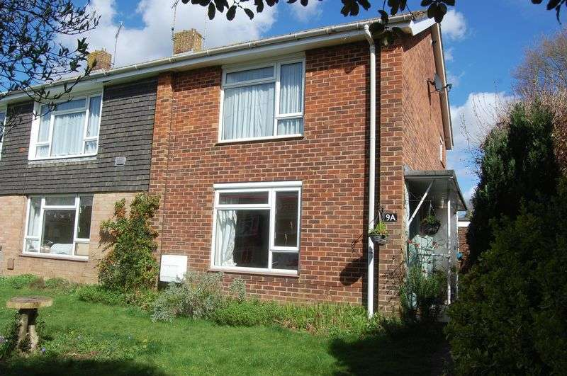 2 Bedrooms Flat for sale in OPEN DAY SATURDAY 1st APRIL BY APPOINTMENT ONLY