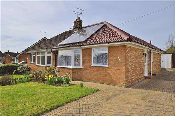 2 Bedrooms Bungalow for sale in ASHFORD TN24