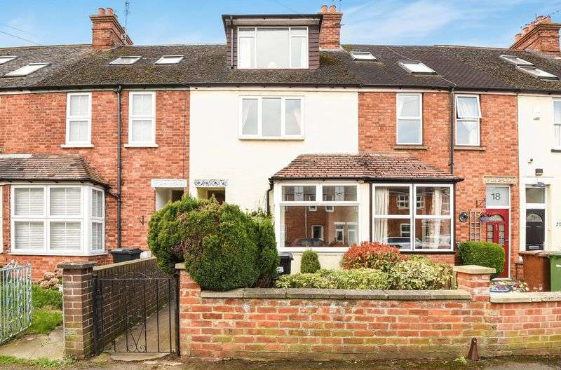 3 Bedrooms Terraced House for sale in Swinburne Road, Abingdon