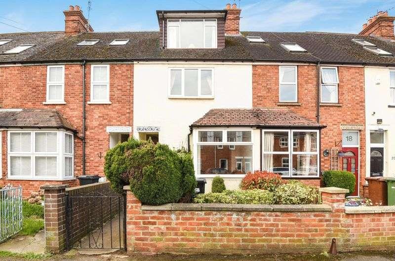 3 Bedrooms Terraced House for sale in Swinburne Road, Abingdon