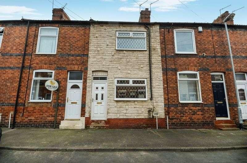 2 Bedrooms Terraced House for sale in 9 Granville Street, Castleford, WF10 5HF