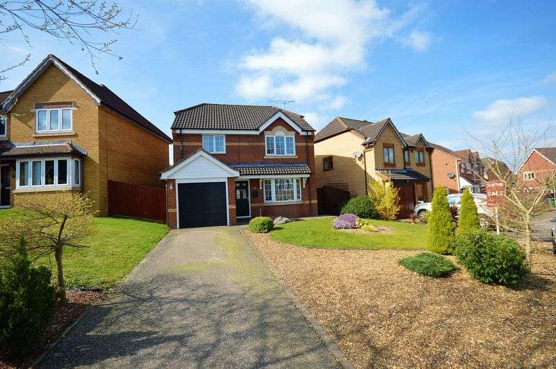 3 Bedrooms Detached House for sale in Marriott Chase, Taverham