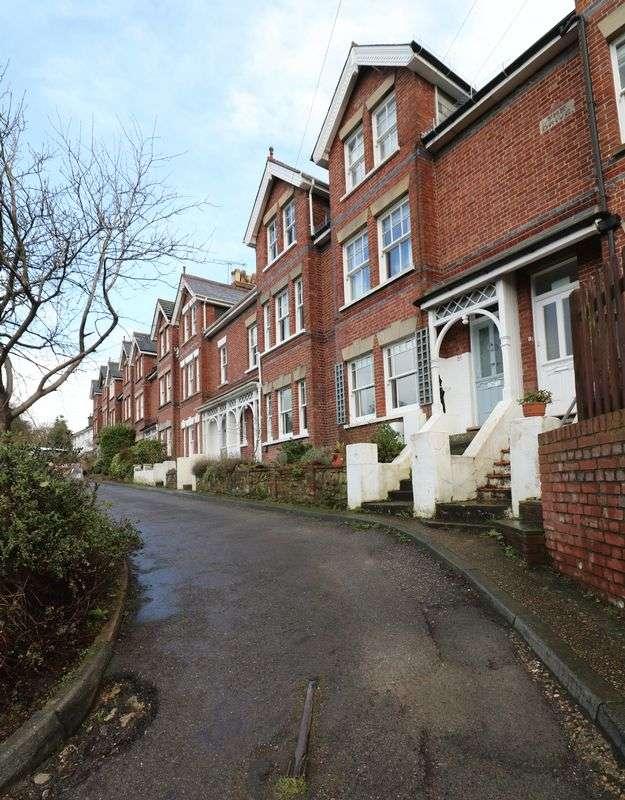 4 Bedrooms Property for sale in Prospect Road, Tunbridge Wells