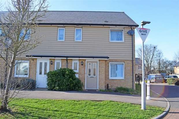 3 Bedrooms Semi Detached House for sale in Parish Way, Harlow, Essex