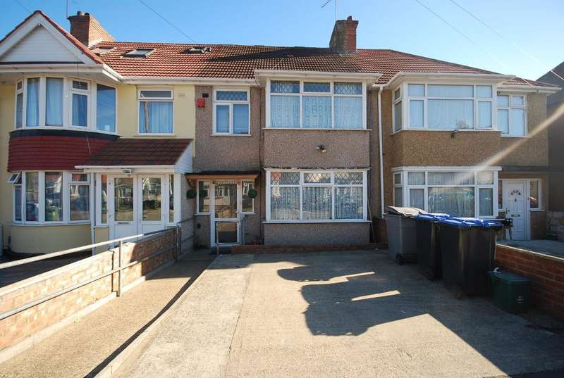 3 Bedrooms Terraced House for sale in WOODSIDE END, WEMBLEY, MIDDLESEX, HA0 1UR