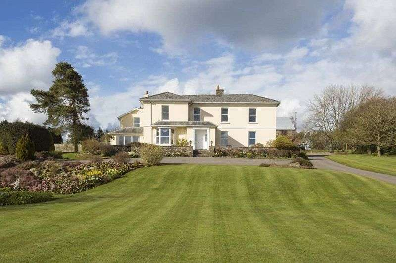 5 Bedrooms Property for sale in St. Arvans, Chepstow