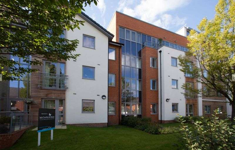 2 Bedrooms Flat for sale in Kings Place: ** FRENCH BALCONY & ADDITIONAL CLOAKROOM**