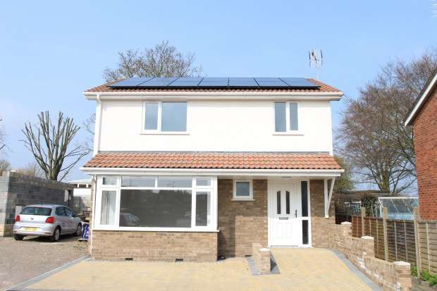3 Bedrooms Detached House for sale in Cherwell Road, Keynsham, BS31