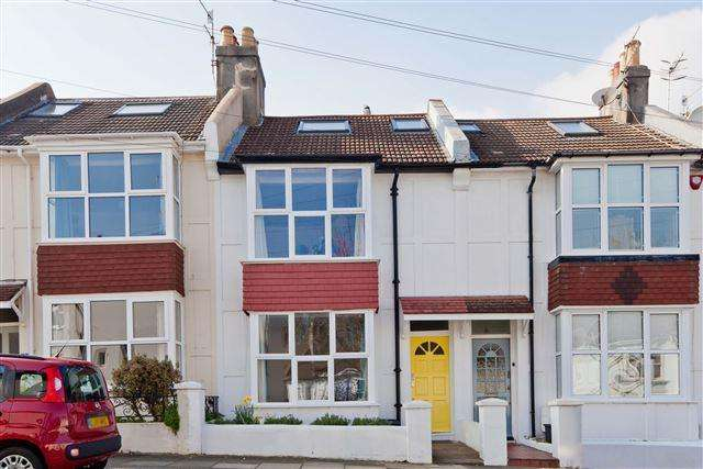 3 Bedrooms Terraced House for sale in Scarborough Road, Brighton