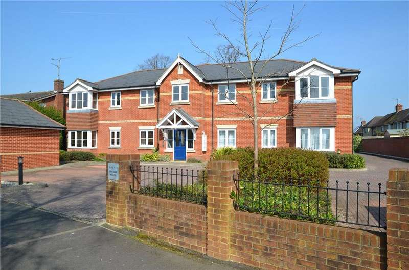 2 Bedrooms Apartment Flat for sale in Fair Oak House, Fircroft Close, Reading, Berkshire, RG31