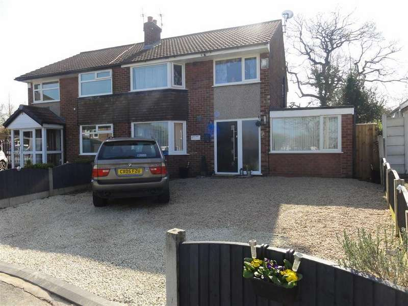 3 Bedrooms Semi Detached House for sale in Fernlea, Heald Green