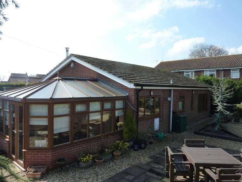 2 Bedrooms Detached Bungalow for sale in Greenside, Rampton, Retford, Notts