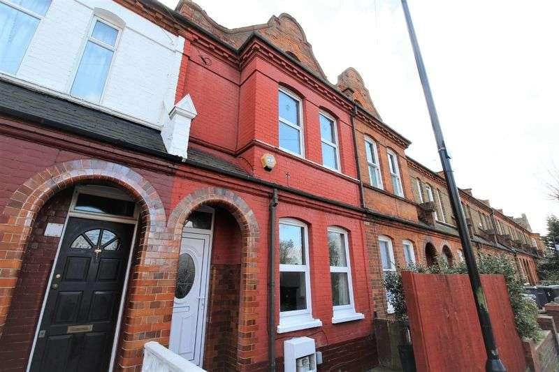 3 Bedrooms Terraced House for sale in Lymington Avenue, Noel Park, N22