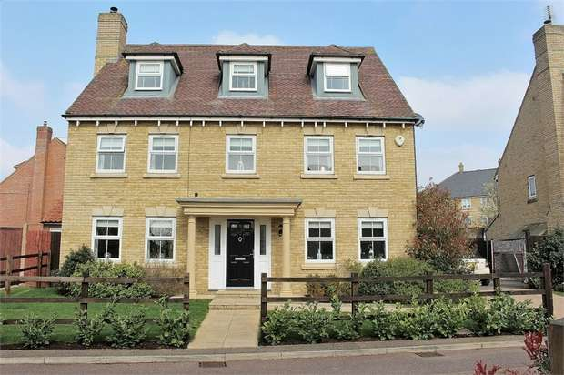 5 Bedrooms Detached House for sale in Flitch Green, Dunmow, Essex