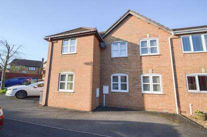 3 Bedrooms Semi Detached House for sale in Hatfield Close, Wellingborough, Northamptonshire