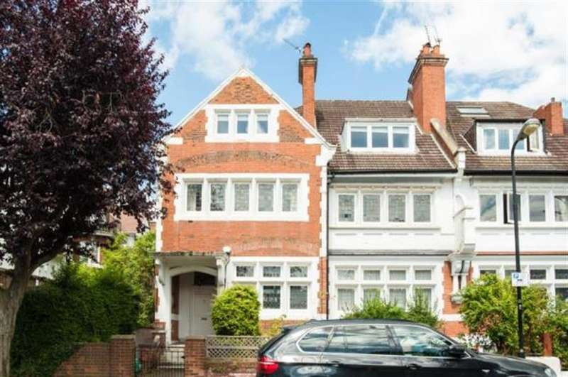 2 Bedrooms Apartment Flat for sale in Kidderpore Gardens, London, NW3 7SS