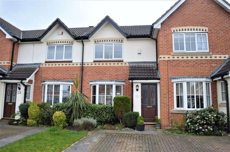 2 Bedrooms Terraced House for sale in Silver Birches, Denton