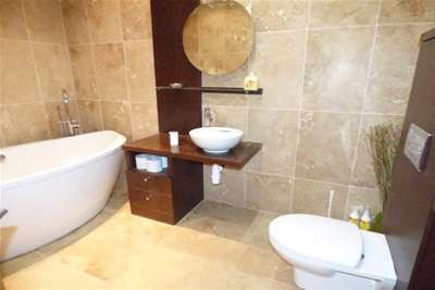 2 Bedrooms Flat for rent in East Quay, Liverpool L3