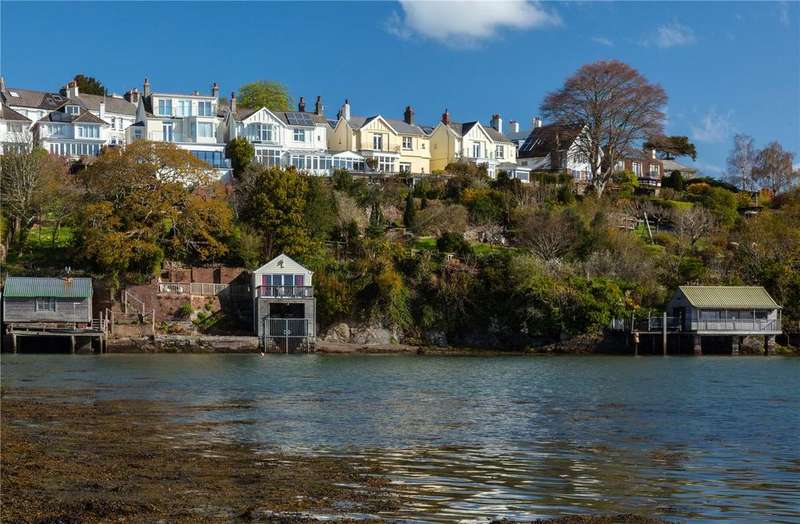4 Bedrooms Detached House for sale in Coombe Road, Saltash, Cornwall