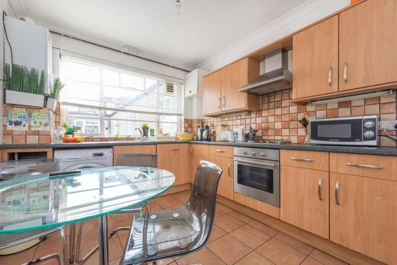 4 Bedrooms Flat for sale in Marlow Court, 221 Willesden Lane, London, NW6