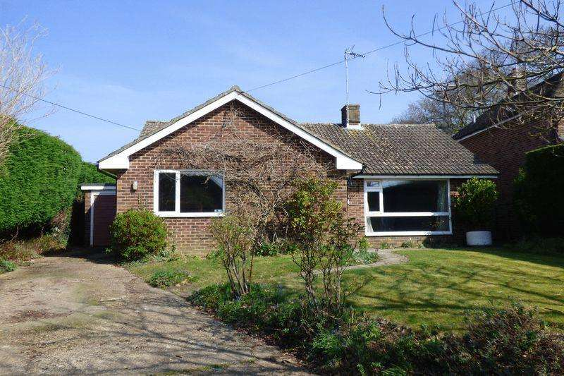 4 Bedrooms Bungalow for sale in Allington Road, Newick