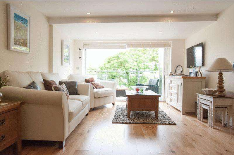 2 Bedrooms Apartment Flat for sale in Sandy Lane, Carbis Bay, St Ives