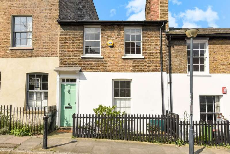 2 Bedrooms Terraced House for sale in King George Street West Greenwich SE10