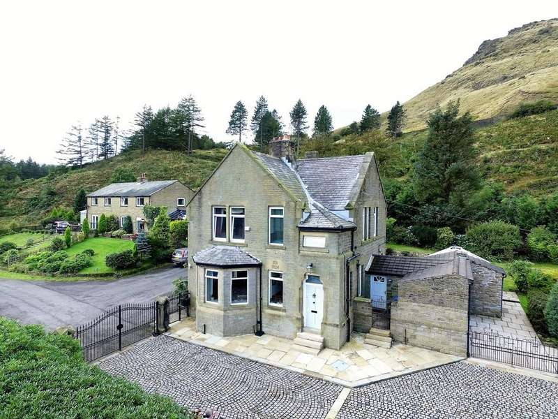 4 Bedrooms Manor House Character Property for sale in Dove Stone House, Off Holmfirth Road, Greenfield, Saddleworth