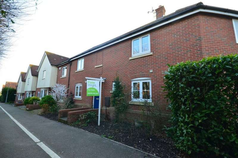 3 Bedrooms Terraced House for sale in Holst Avenue, Witham