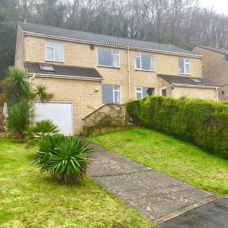4 Bedrooms Semi Detached House for sale in Hawke Road, Weston-super-Mare