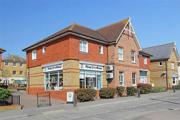 2 Bedrooms Flat for sale in School Lane, Iwade, Sittingbourne, Kent