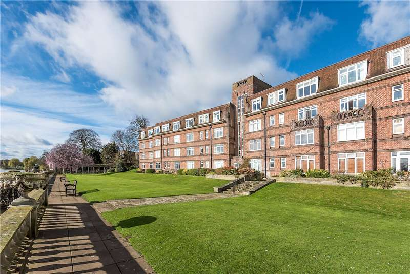1 Bedroom Flat for sale in Thames Eyot, Cross Deep, Twickenham, TW1