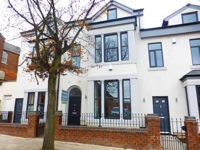 5 Bedrooms Mews House for sale in Albany Road, Harborne, Birmingham, B17 9JX