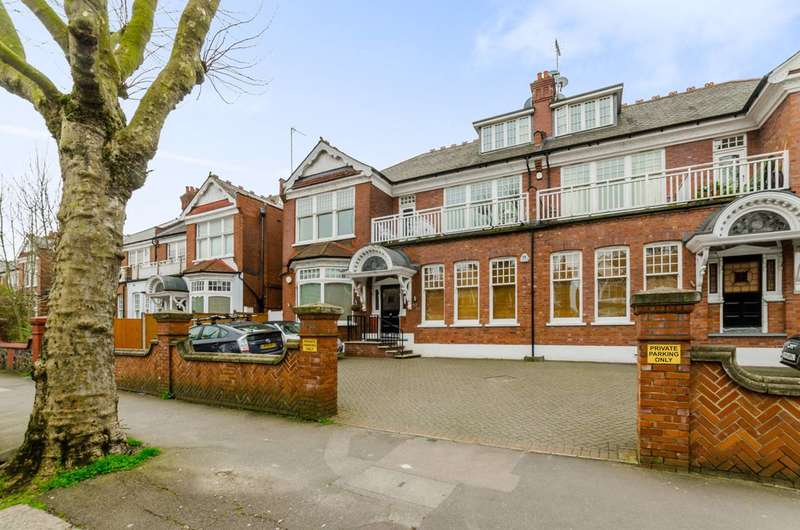 4 Bedrooms Flat for sale in Queens Avenue, Muswell Hill, N10